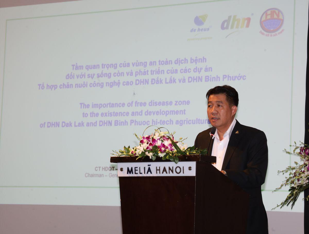 Ông Vũ Mạnh Hùng – TGĐ Hùng Nhơn Group phát biểu tại hội nghị